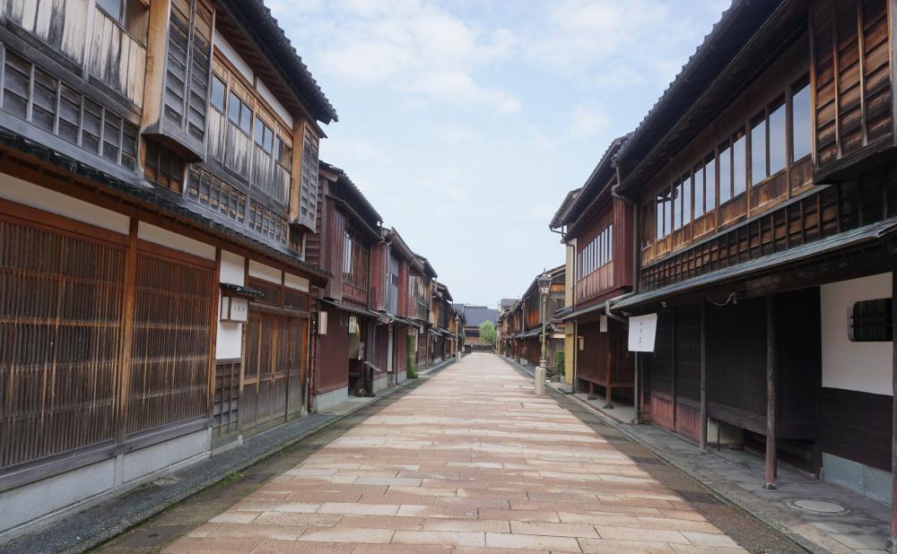 美しい伝統が息づく金沢で、本物に出合う旅