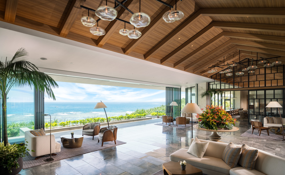 名門ホテルで感じるハワイと沖縄の心