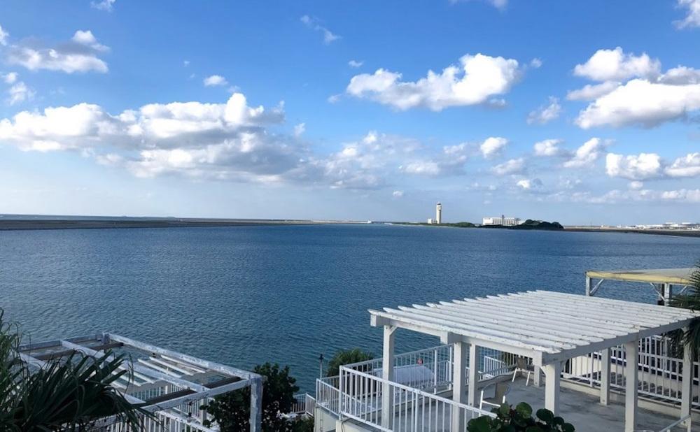 美しい海と空!エネルギー溢れる瀬長島へ