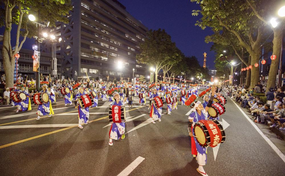 街と人と、ともに息づく「盛岡さんさ踊り」