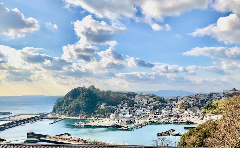 日本のアマルフィと謳われる雑賀崎の漁村